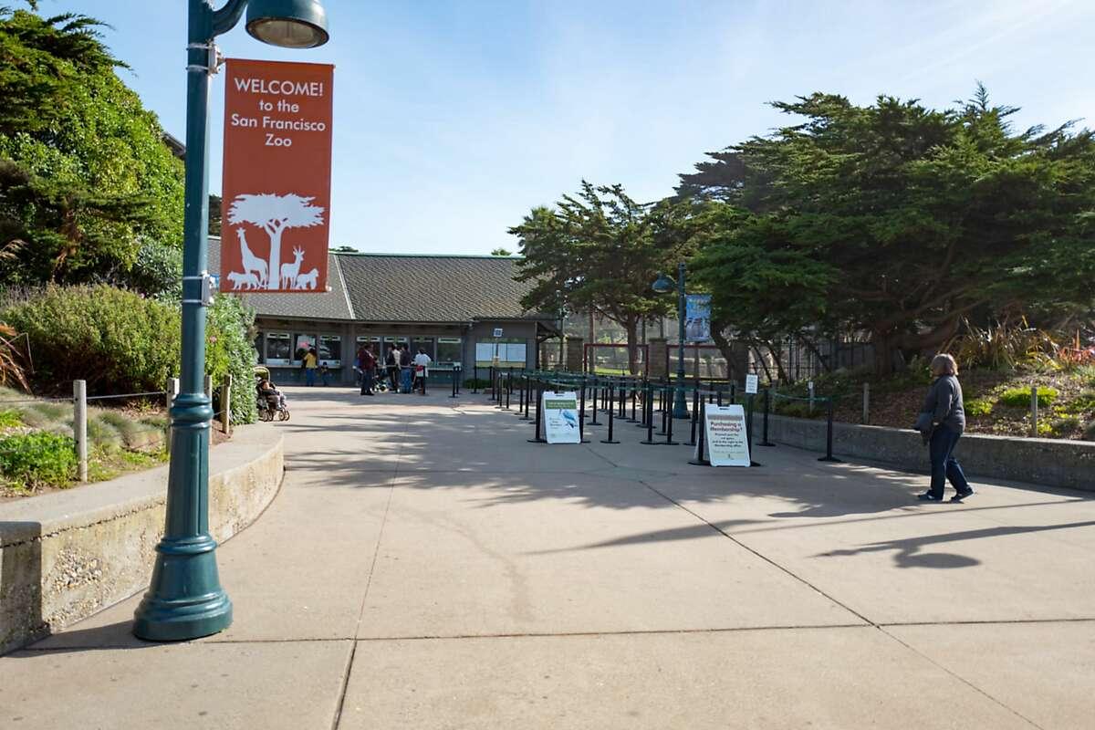 Entrance to the San Francisco Zoo in the Ocean Beach neighborhood of San Francisco, California, with sign reading 'Welcome to the San Francisco Zoo,' January 31, 2018.