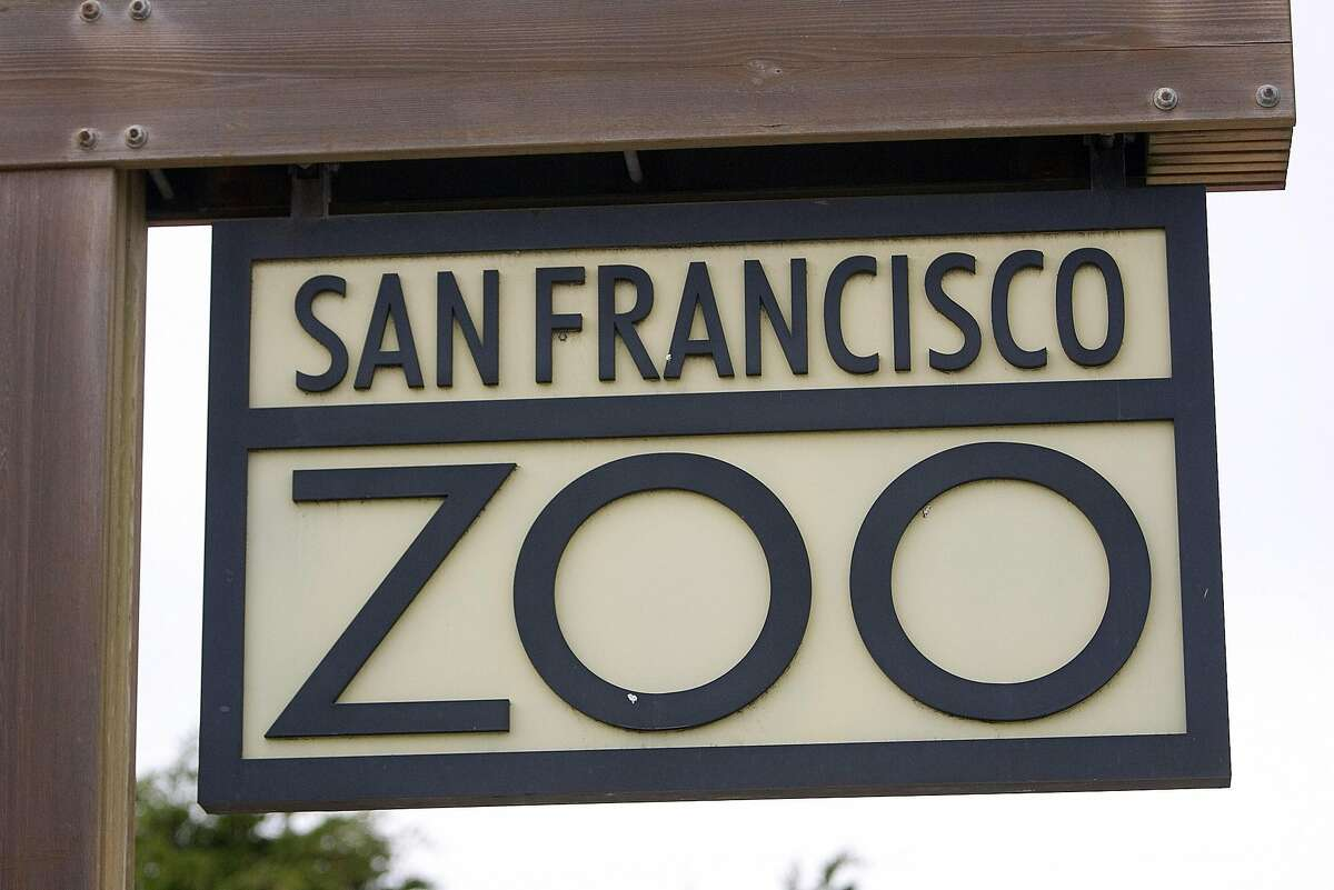 A sign hangs at the entrance of the San Francisco Zoo December 27, 2007 in San Francisco, California.