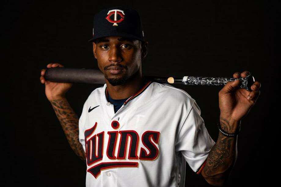Atascocita's Alerick Soularie singed his major league contract with the Minnesota Twins. Photo: Minnesota Twins