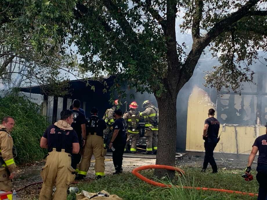 The San Antonio Fire Department is battling a structure fire on the North Side. Photo: Mark Dunphy