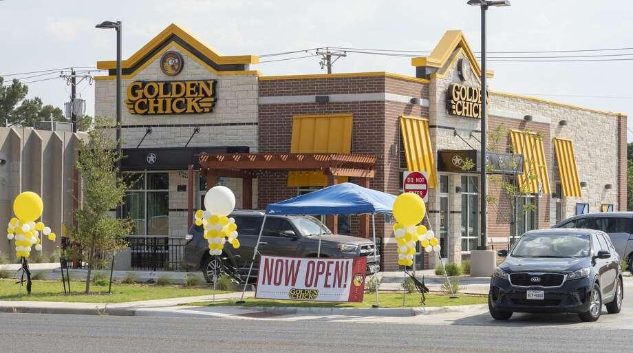 Golden Chick on Big Spring St. is open 06/22/2020 with drive thru service and 75% seating inside the restaurant. Tim Fischer/Reporter-Telegram Photo: Tim Fischer/Midland Reporter-Telegram