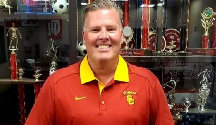 rob alexander hired as oak hills boys basketball coach Photo: SportStars Magazine