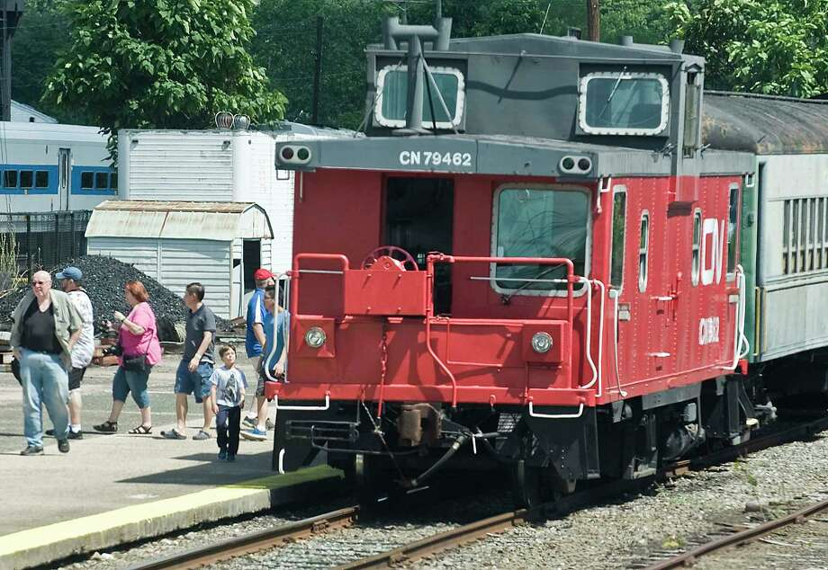 Visitors depart a train after a short ride during the 10th annual Railway Days at the Railway Museum in Danbury. Sunday, Aug 7, 2016 Photo: Scott Mullin / For Hearst Connecticut Media / The News-Times Freelance