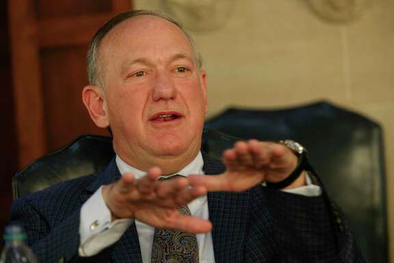 Alamo CEO Douglass W. McDonald has decided not to seek renewal of his contract, which expires Sept. 30.