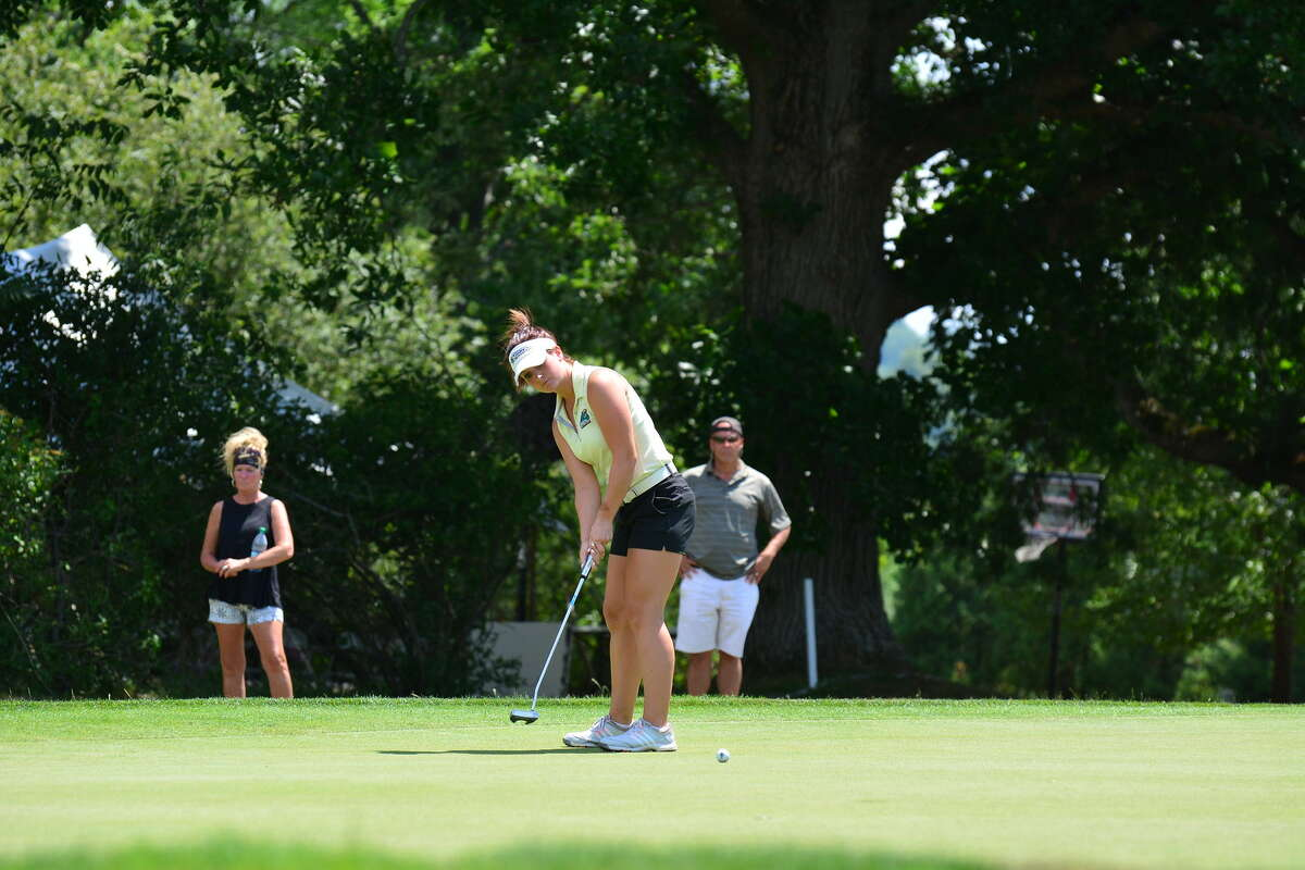 Bailey Cocca of Latham won the 2016 New York State Golf Association Women's Amateur at Elmira. The status of this year's Women's Amateur is in flux after the state was forced to postpone it because of Department of Health travel restrictions during the COVID-19 pandemic. (NYSGA photo)