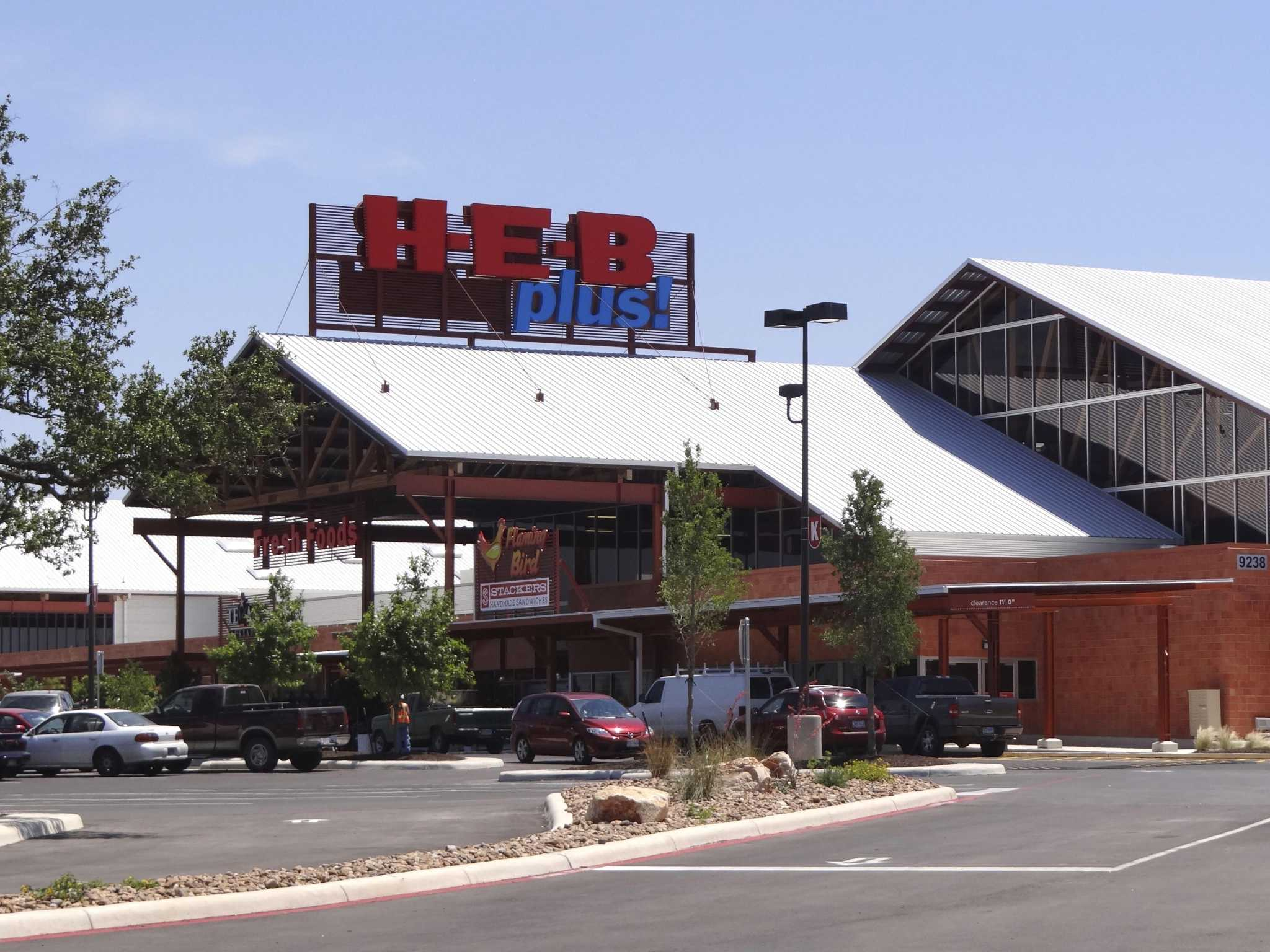 H-E-B no longer top supermarket with the best customer experience, study says
