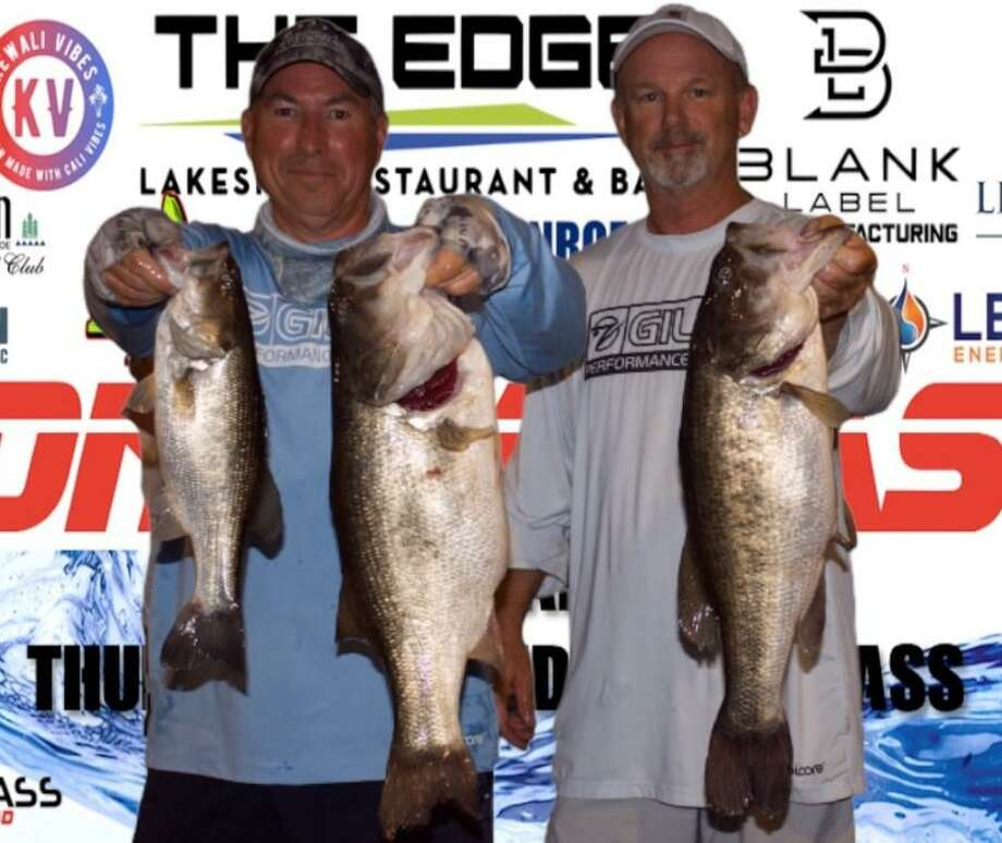 Lester Springer and Mark Boyett won the CONROEBASS Tuesday night tournament with a stringer weight of 15.85 pounds. Photo: CONROEBASS