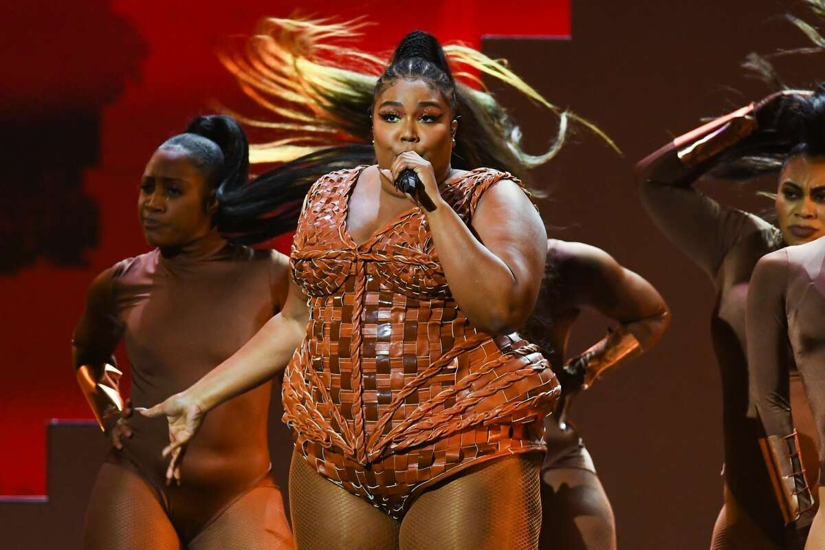 LONDON, ENGLAND - FEBRUARY 18: (EDITORIAL USE ONLY) Lizzo performs live on stage during The BRIT Awards 2020 at The O2 Arena on February 18, 2020 in London, England. (Photo by Dave J Hogan/Getty Images)