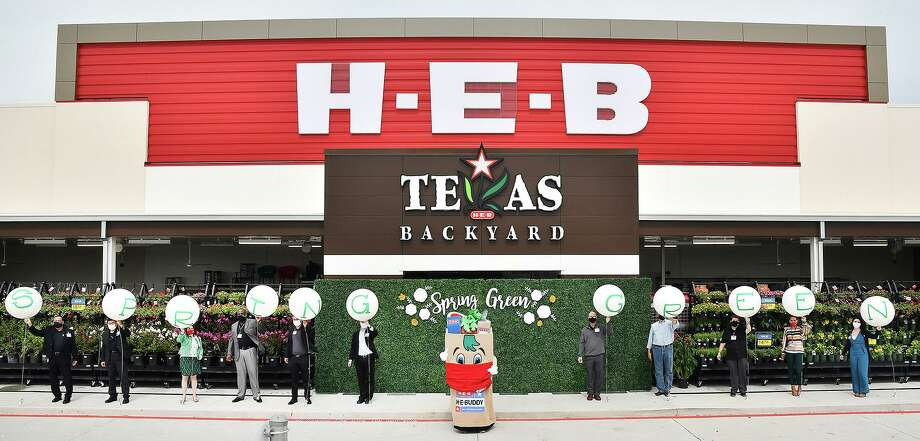 The new H-E-B Spring Green Market opened on Wednesday, June 24, at 9211 FM 723 in Richmond. Photo: Courtesy Of H-E-B