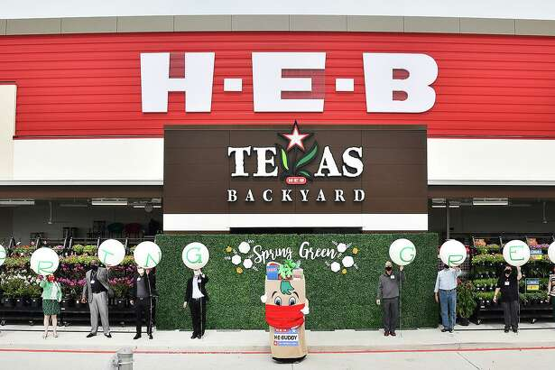 The new H-E-B Spring Green Market opened on Wednesday, June 24, at 9211 FM 723 in Richmond.