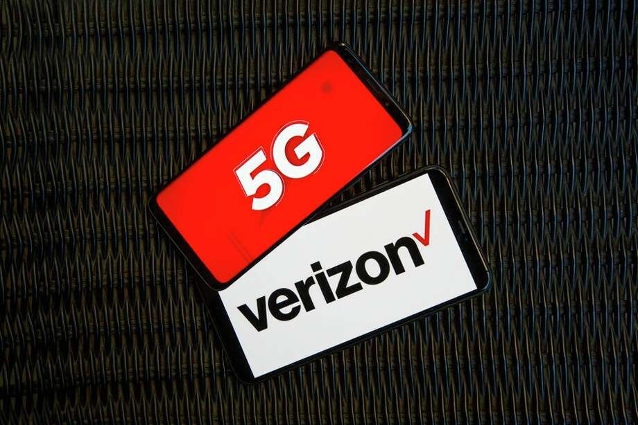 Verizon is touting yet another 5G speed improvement. Photo: Angela Lang/CNET