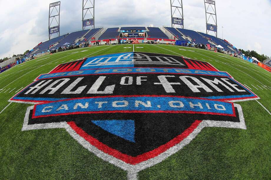 CANTON, OH - AUGUST 02: A General view of the Hall of Fame Logo at midfield prior to the National Football League Hall of Fame Game between the Chicago Bears and the Baltimore Ravens on August 2, 2018 at Tom Benson Hall of Fame Stadium in Canton, Ohi0.(Photo by Rich Graessle/Icon Sportswire via Getty Images) Photo: Icon Sportswire/Icon Sportswire Via Getty Images / ©Icon Sportswire (A Division of XML Team Solutions) All Rights Reserved