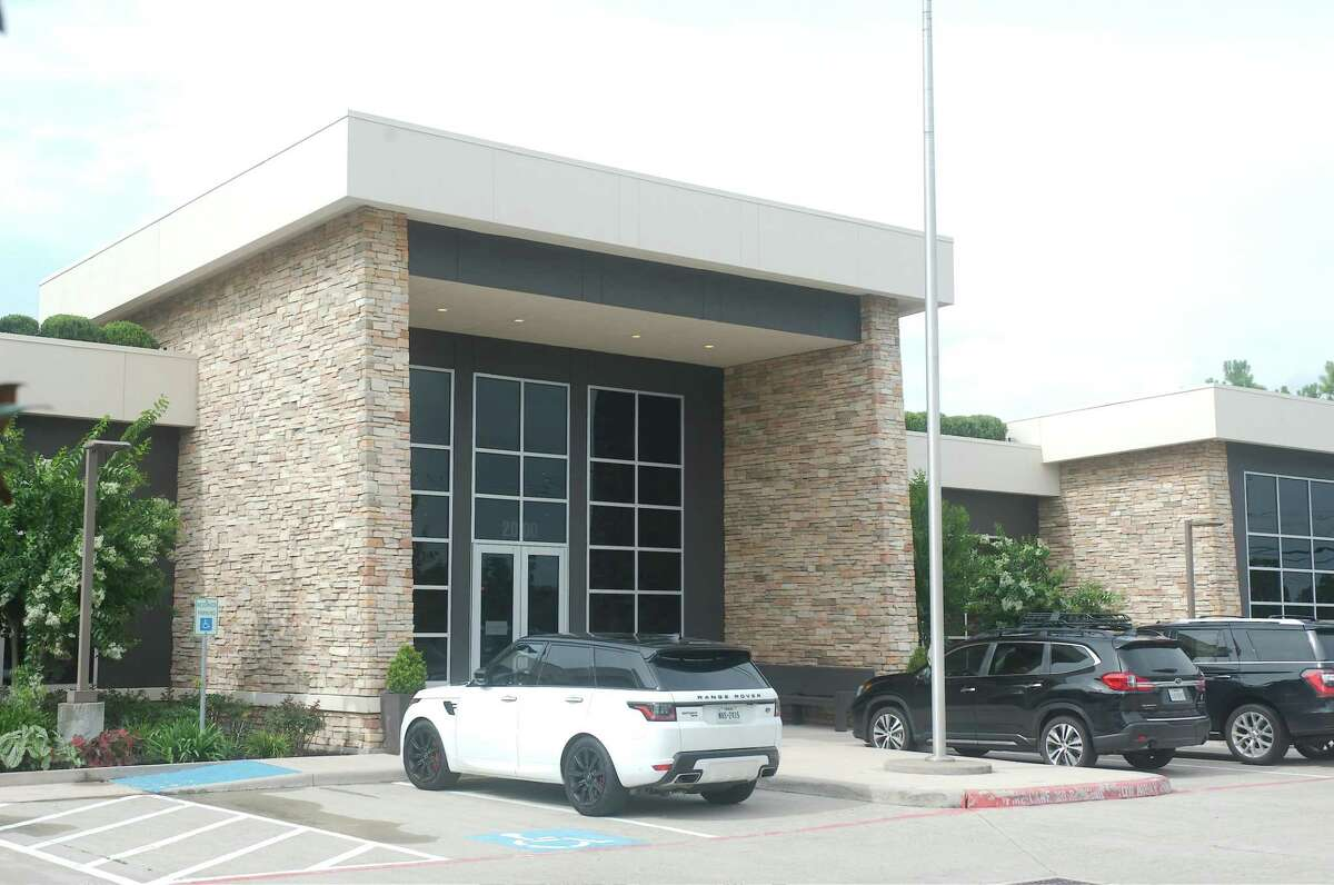 The Green Event Center in Friendswood has been the site of numerous events including banquets and events hosted by the Friendwood Chamber of Commerce.