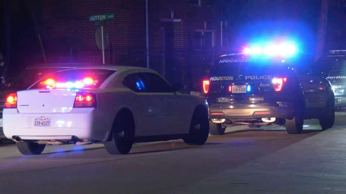 Houston police investigate a deadly stabbing in the 1600 block of Sutton Street on Thursday, June 25, 2020.