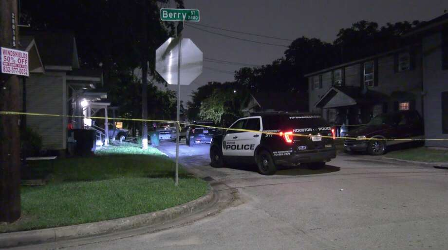 Houston police investigate a deadly shooting in the 3600 block of St. Charles Street on Friday, June 26, 2020. Photo: OnScene.TV