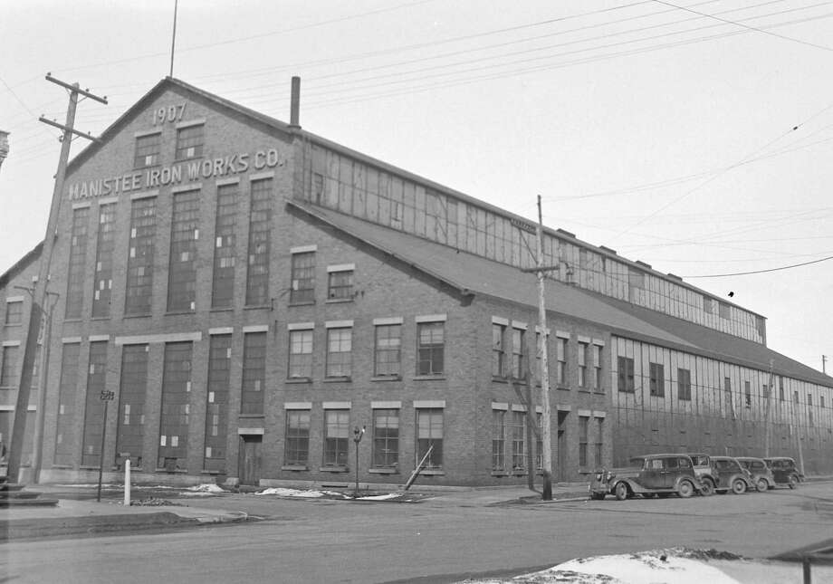 The Manistee Iron Works building that looks similar to this day is shown in this 1930s photograph.