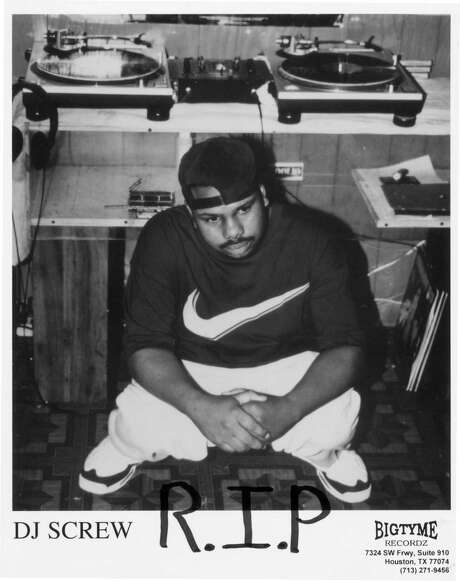 DJ Screw publicity photo with R.I.P. written on it w/ marker, four days after he died. Photo: Bigtyme Recordz / Handout print