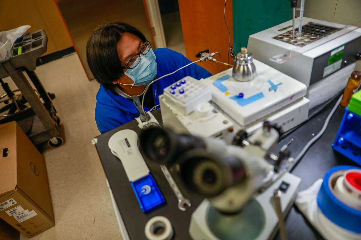 Research technologist Kuei-ho Chen runs an experiment at Dr. Krogan�s lab at UCSF on Thursday, June 25, 2020 in San Francisco, California.
