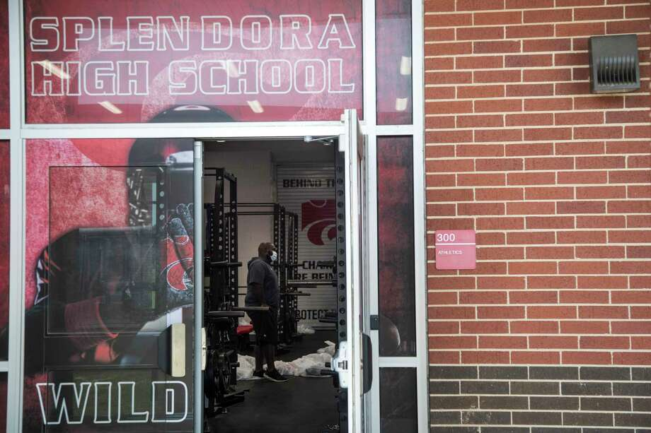 Splendora ISD became the latest local district to shut down strength and conditioning camps due to concerns over COVID-19, announcing the decision Saturday. Photo: Brett Coomer, Houston Chronicle / Staff Photographer / © 2020 Houston Chronicle
