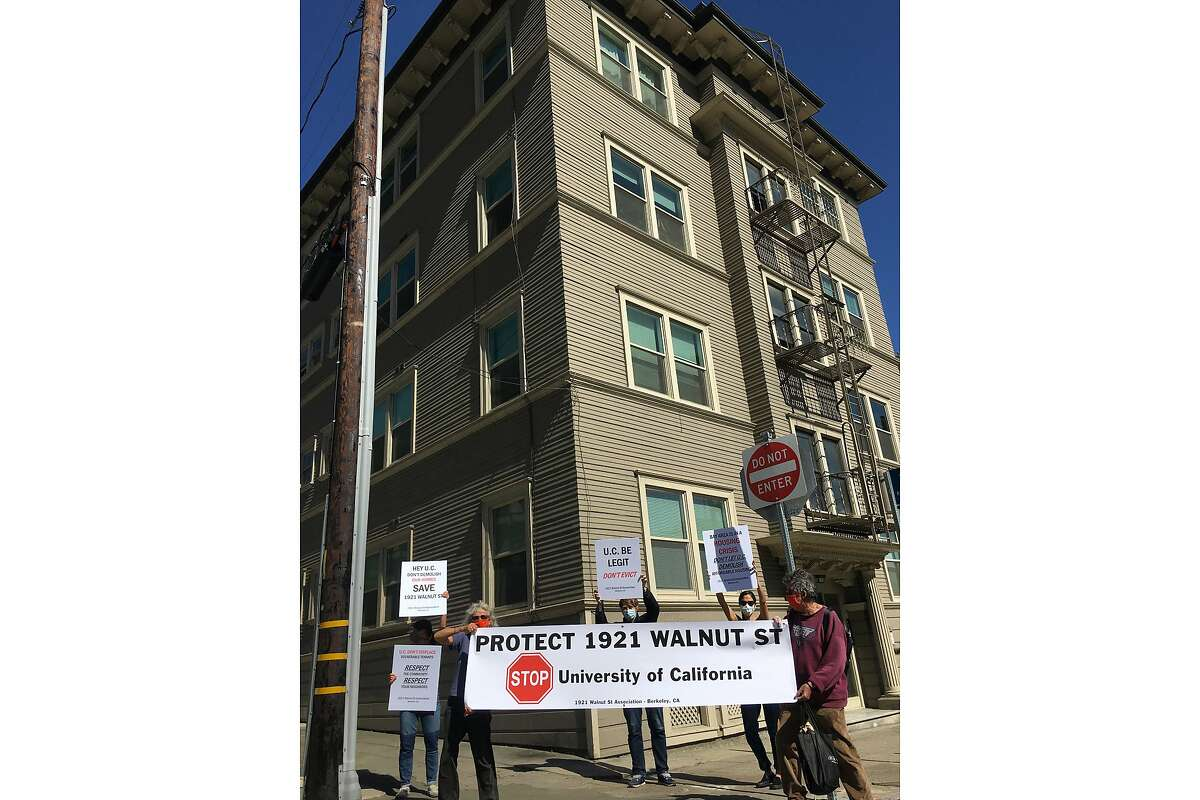 Tenants at 1921 Walnut St. in downtown Berkeley fear being evicted by UC Berkeley, which is in contract to buy the building, and could demolish it as part of a project to build student housing. Tenants at 1921 Walnut St. in downtown Berkeley fear being evicted by UC Berkeley, which is in contract to buy the building, and could demolish it as part of a project to build student housing.