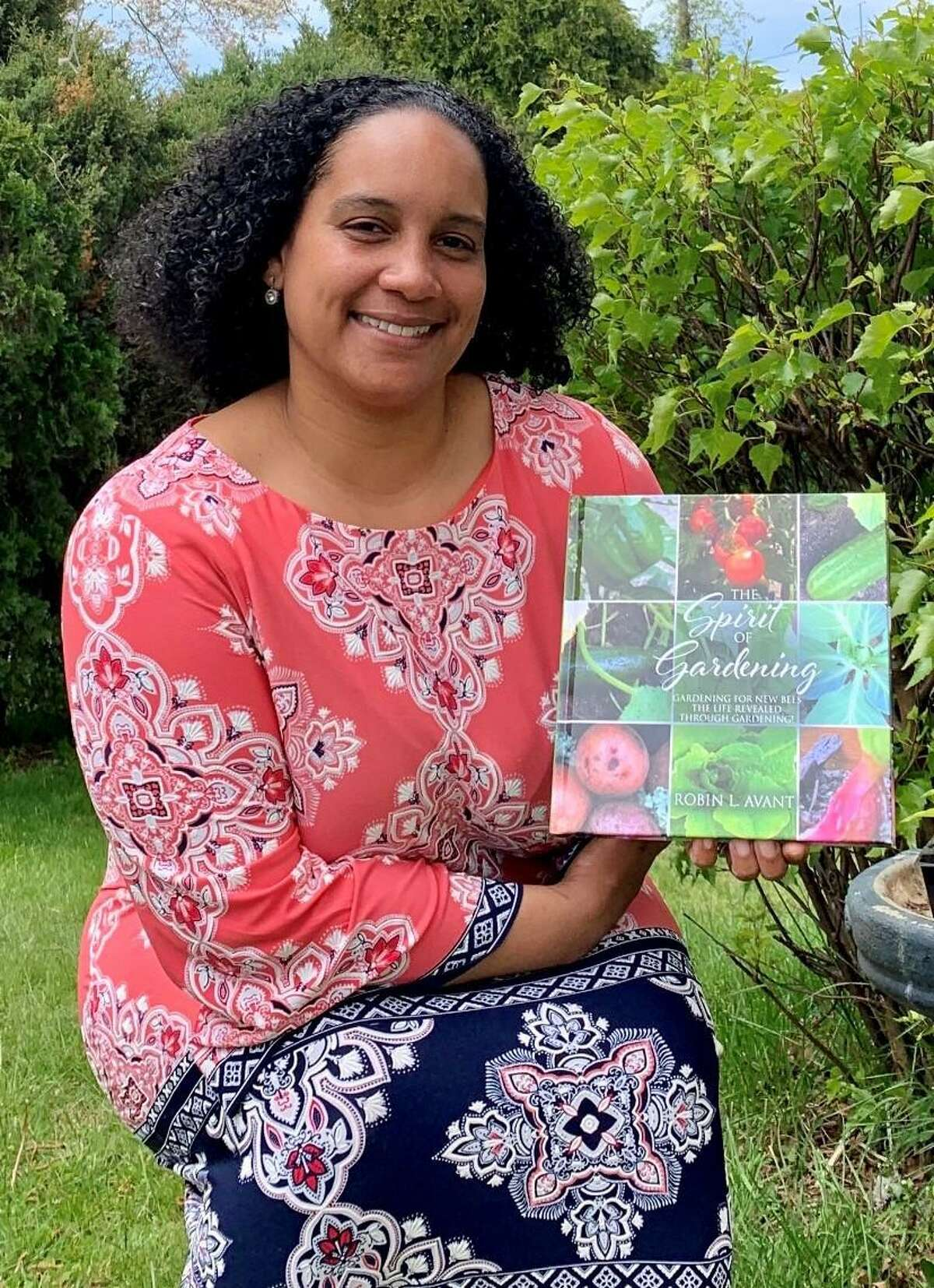 As many people turn to gardening as a way to occupy themselves during quarantine, HCC Dean of Academic Affairs Robin L. Avant has published a book about how to get started on the process.