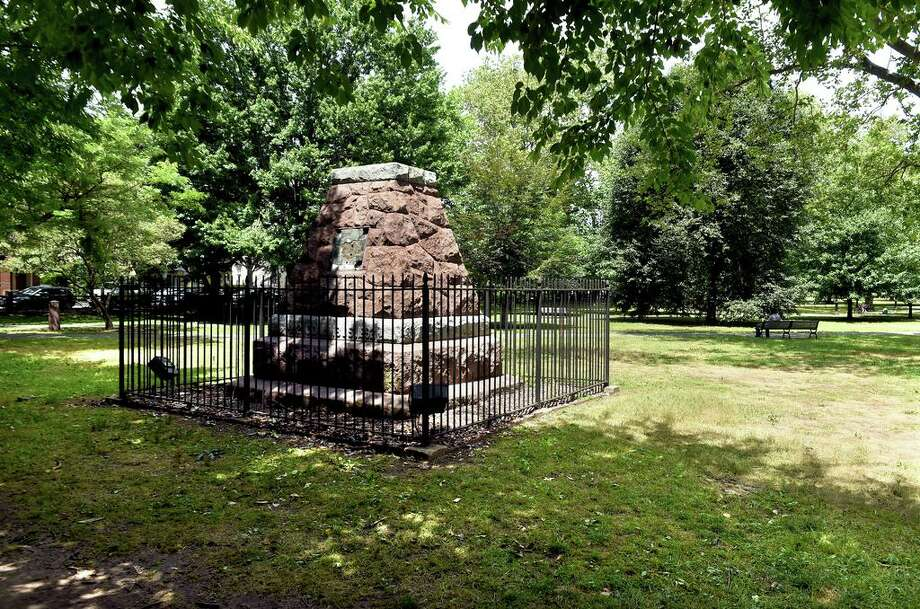 The base of the Christopher Columbus statue on Wooster Square in New Haven photographed on June 29, 2020. Photo: Arnold Gold / Hearst Connecticut Media / New Haven Register