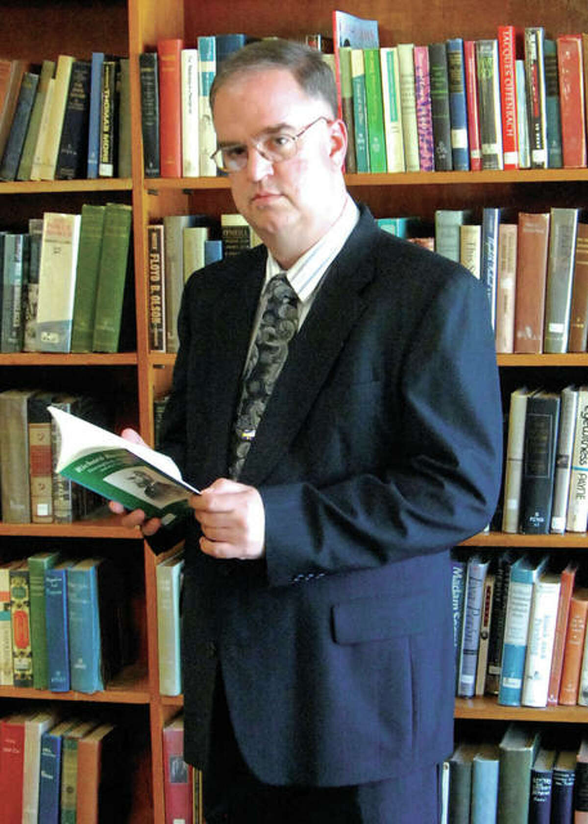 Historian Tom Emery of Carlinville has been awarded the Certificate of Excellence from the Illinois State Historical Society for the publication