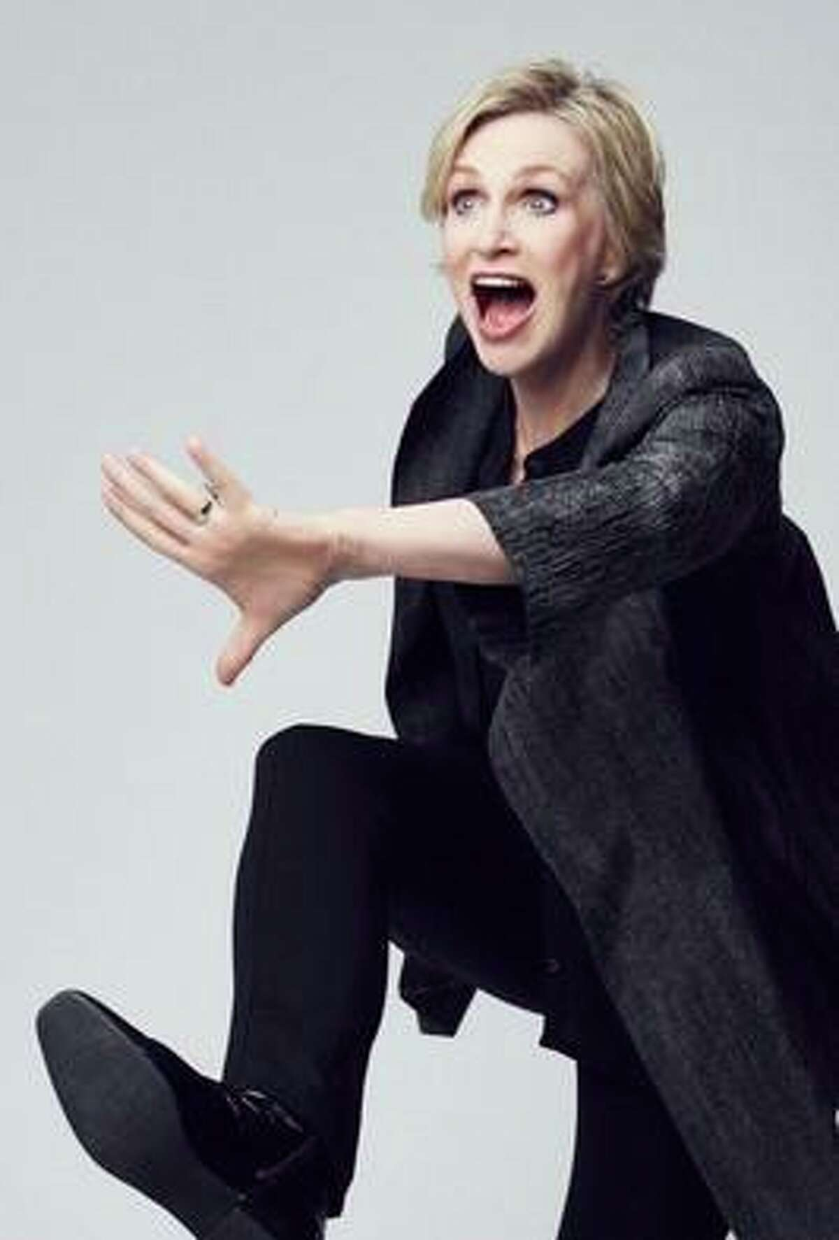 """Actor Jane Lynch of """"Glee"""" fame was the first guest on the weekly """"How To Be Amazing"""" encore podcasts with host Michael Ian Black to benefit the Mark Twain Library."""