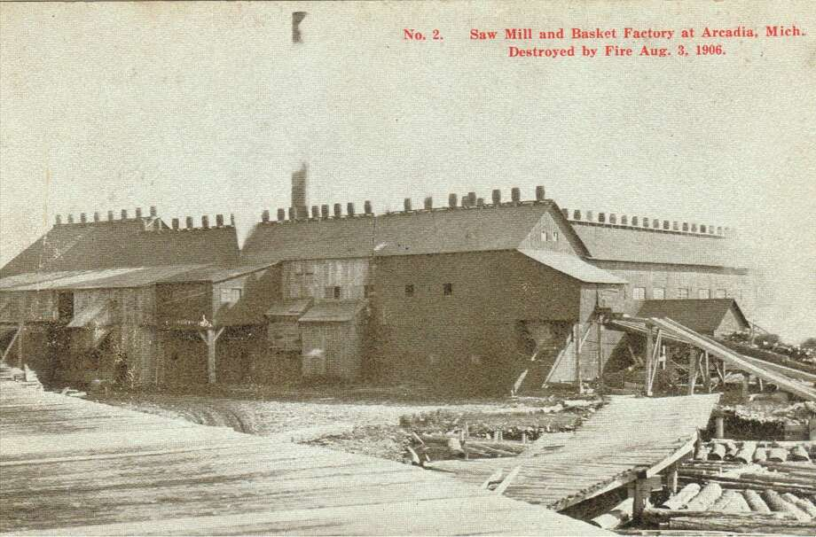 The Arcadia Mill and Basket Factory is shown in this photograph from the 1890s.