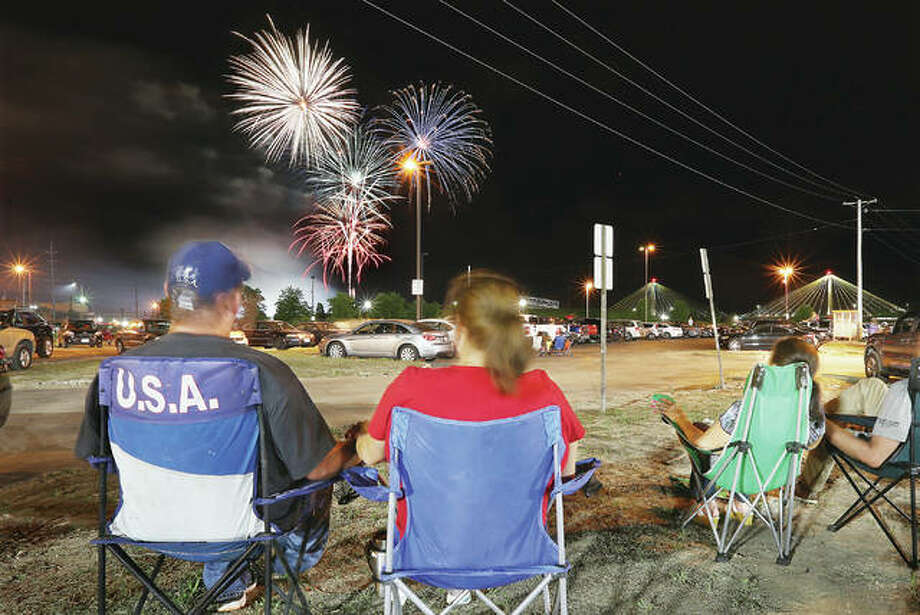 Last year's Alton fireworks show by Central States Fireworks is captured in this file photo. This year's event in Alton — as in many communities — was cancelled by the pandemic. Local shows still planned include Grafton on July 2; Edwardsville, Carlinville and Shipman on July 3; and Jerseyville on July 4.