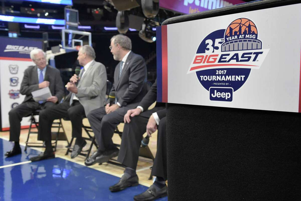 NEW YORK, NY - OCTOBER 11: From left, Fox Sports analyst Bill Raftery, UConn head coach Jim Calhoun, former Seton Hall and NBA coach P.J. Carlesimo, and St. John's head coach and former player Chris Mullin, discuss memorable moments in Big East games during Big East Basketball Media Day at Madison Square Garden on October 11, 2016 in New York City.. (Photo by Mitchell Layton/Getty Images)
