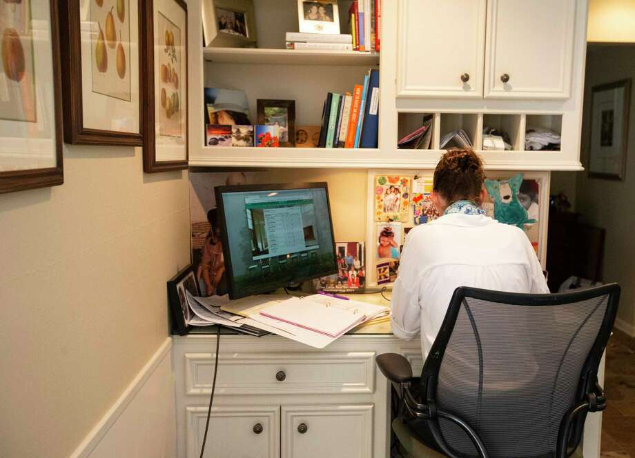 Telecommuting was a technology-driven innovation that seemed to offer benefits to both employees and executives. The former could eliminate ever-lengthening commutes and work the hours that suited them best. Management would save on high-priced real estate and could hire applicants who lived far from the office, deepening the talent pool. Photo: Yi-Chin Lee, Houston Chronicle / Staff Photographer / © 2020 Houston Chronicle