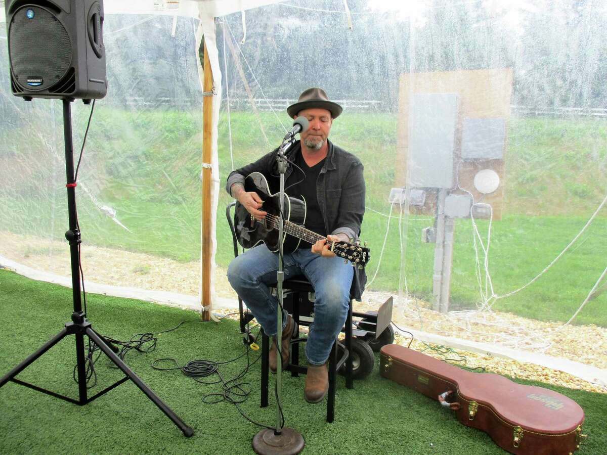 Eran Troy Danner performed a solo show for visitors to Hawk Ridge Winery last year.