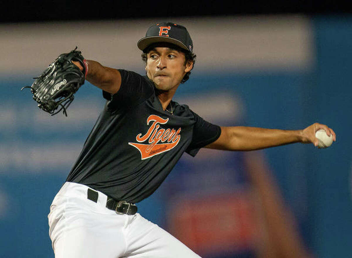 Edwardsville pitcher Ryan Kulasekara delivers a pitch in the eighth inning to a Granite City batter on Monday.