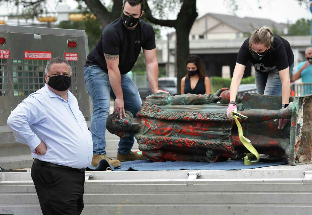 July 1 Crews, escorted by police, took down the statue and hauled it away on a flatbed truck rented from Home Depot in a calm ceremony.
