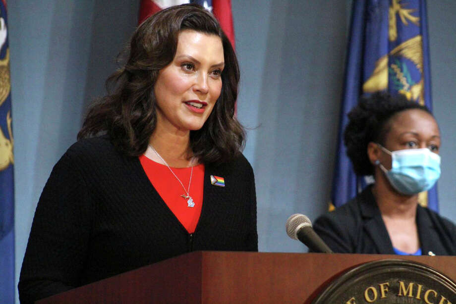Gov. Gretchen Whitmer, on Wednesday signed bills further extending the renewal dates for driver's licenses, CDLs, state ID cards and vehicle registrations. Among the extensions outlined in the legislation, those with driver's licenses or vehicle registrations expiring between Feb. 1 and June 30 would have until Sept. 30 to have them renewed. Photo: Michigan Office Of The Governor Via AP, Pool