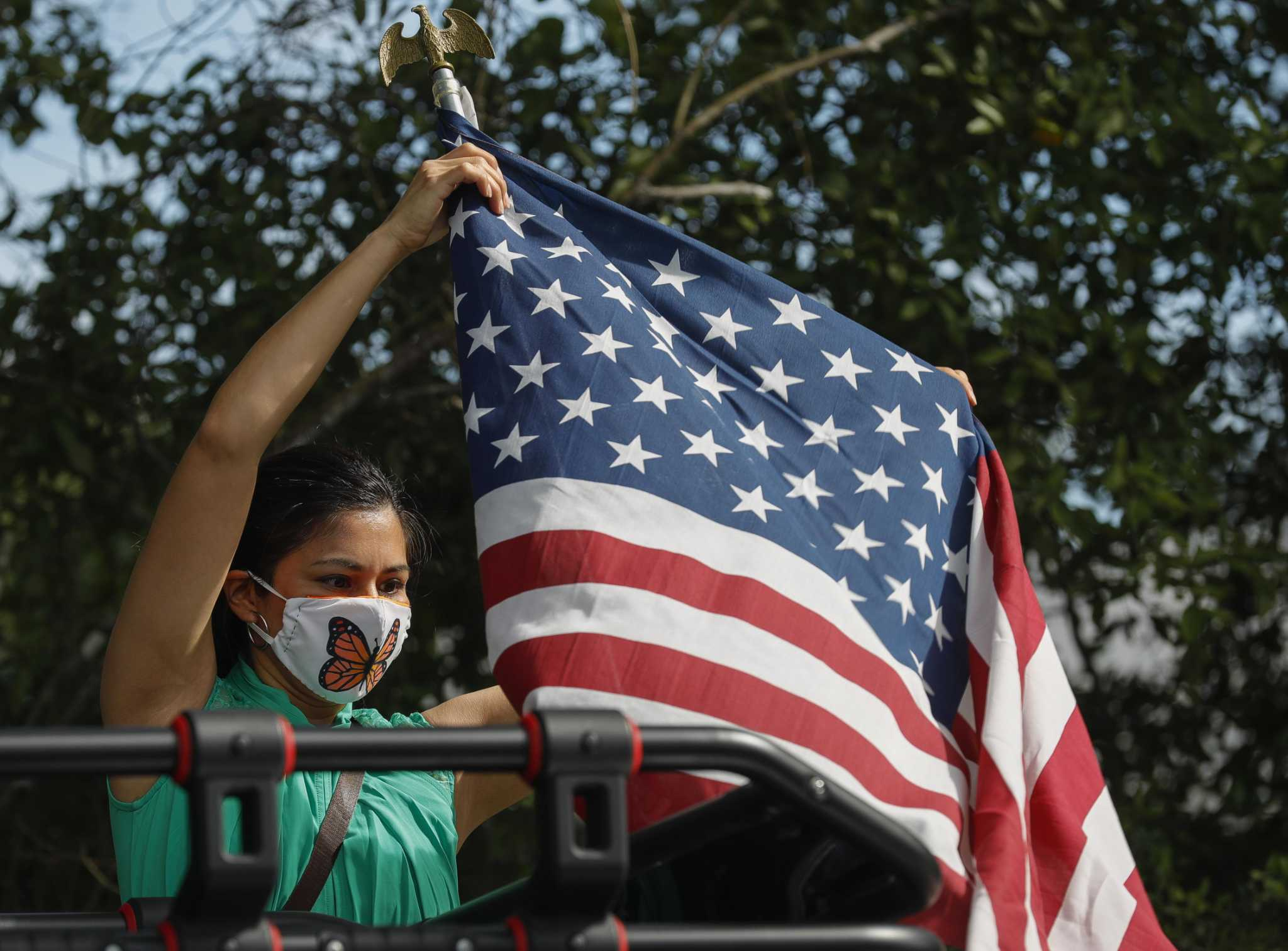 Kristof: Now is a time to learn from Hispanic Americans