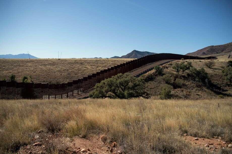 The border barrier in Arizona. Photo: Washington Post Photo By Carolyn Van Houten / The Washington Post