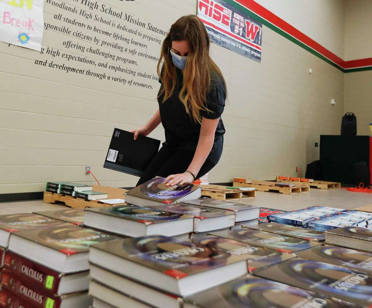 Mercedes Milke return textbooks at The Woodlands High School, Friday, May 15, 2020, in The Woodlands. When Governor Greg Abbott closed schools, all instruction moved online. It is still unclear what next school year will look like but will likely include an online option from most schools.