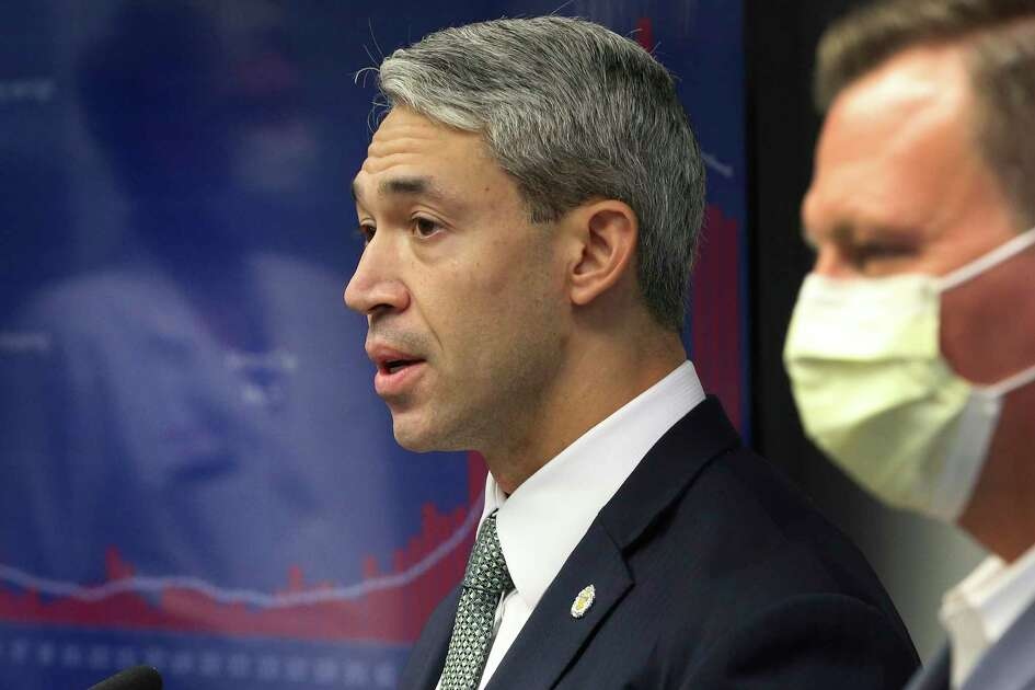 Nirenberg implored San Antonians to celebrate the Fourth of July this weekend at 亚洲游国际集团home and avoid a repeat of large Memorial Day gatherings that spread the coronavirus.