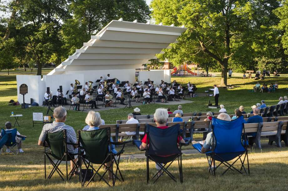 The Chemical City Band performs Wednesday, July 1, 2020 at the Nicholson-Guenther Band Shell in Central Park in Midland. (Katy Kildee/kkildee@mdn.net) Photo: (Katy Kildee/kkildee@mdn.net)
