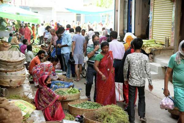 PATNA, INDIA APRIL 7: A view of a vegetable market on day fourteen of the 21 day nationwide lockdown to curb the spread of coronavirus, at Danapur, on April 7, 2020 in Patna, India. (Photo by Santosh Kumar/Hindustan Times via Getty Images)