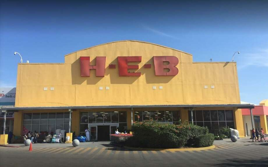 H-E-B and other retailers will be closed in Nuevo Laredo this weekend due to a state order issued by the Tamaulipas government. Photo: Courtesy Photo