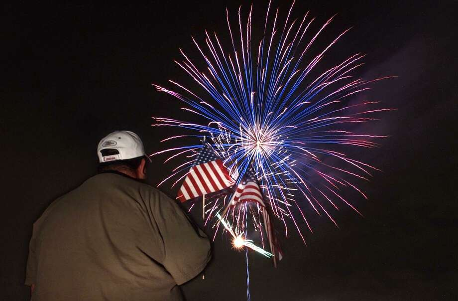 It's time to show America some affection, appreciation and gratitude, earned during these hard days. This Fourth of July, in between cookouts and coronavirus, remember to give love to America — even as some of your fellow Americans are getting on your last nerve. Photo: Staff File Photo / San Antonio Express-News