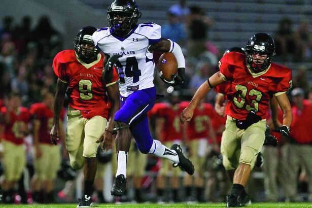 Willis running back Chris Platt run toward the end zone during a high school football game against Caney Creek Friday. Go to HCNPics.com to view and purchase this photo, and others like it.