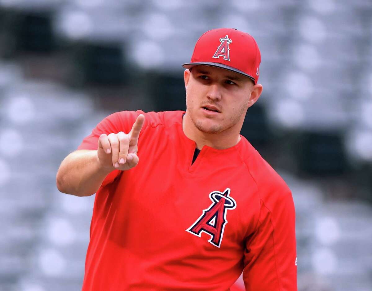 ANAHEIM, CA - MAY 02: Mike Trout #27 of the Los Angeles Angels makes a number one sign during batting practice before the game against the Baltimore Orioles at Angel Stadium on May 2, 2018 in Anaheim, California. (Photo by Harry How/Getty Images)