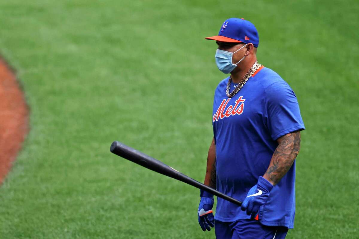 New York Mets catcher Wilson Ramos takes batting practice during a baseball workout at Citi Field in New York, Friday, July 3, 2020. (AP Photo/Adam Hunger)