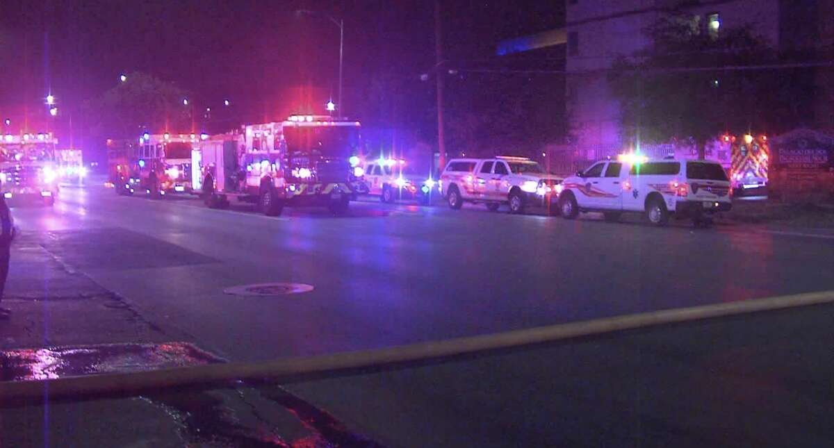 According to SAFD, 31 residents were evacuated from a senior apartment complex after a fire broke out west of downtown late Friday night.