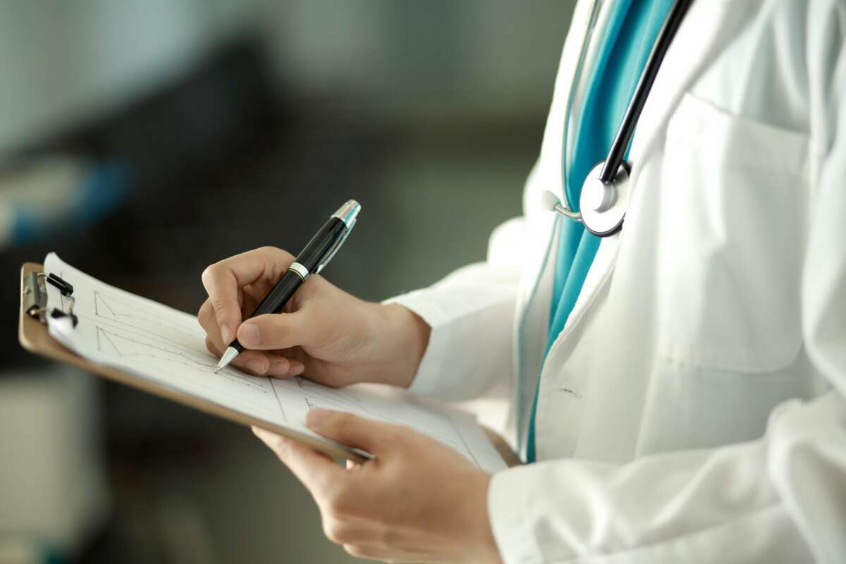 Overall, 16 doctors and clinics from Albany, Saratoga, Schnectady and Rensselaer counties received payments less than $100, according to an Albany Times Union analysis of HHS data published Thursday.