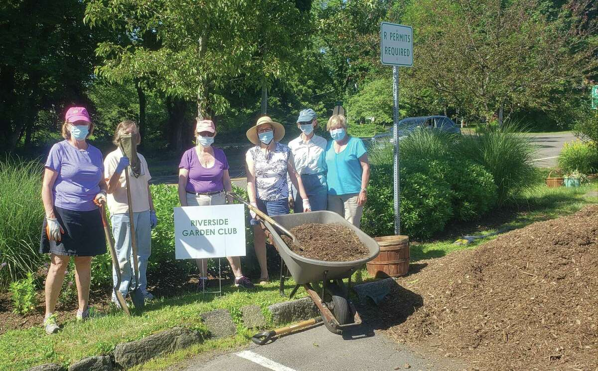The Riverside Garden Club recently did some summer cleaning and beautification of the gardens it maintains at the Riverside Train Staion. From left, Cindy Lindemeyer, Nancy Dickinson, Madeline De Vries, club co-president, Linda Porter, Nancy Weissler and Jane Harris all were part of the harding work team.